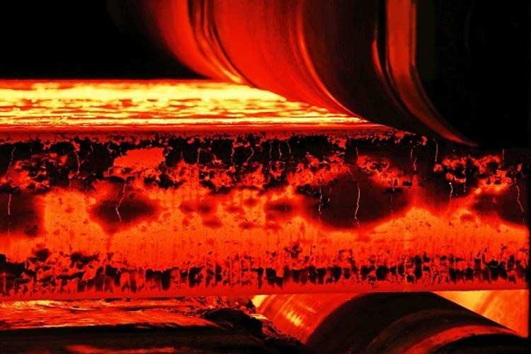 بررسی رفتار فولاد نیتروژن- بوردهی شده در محیط پلاسمای الکترولیتی